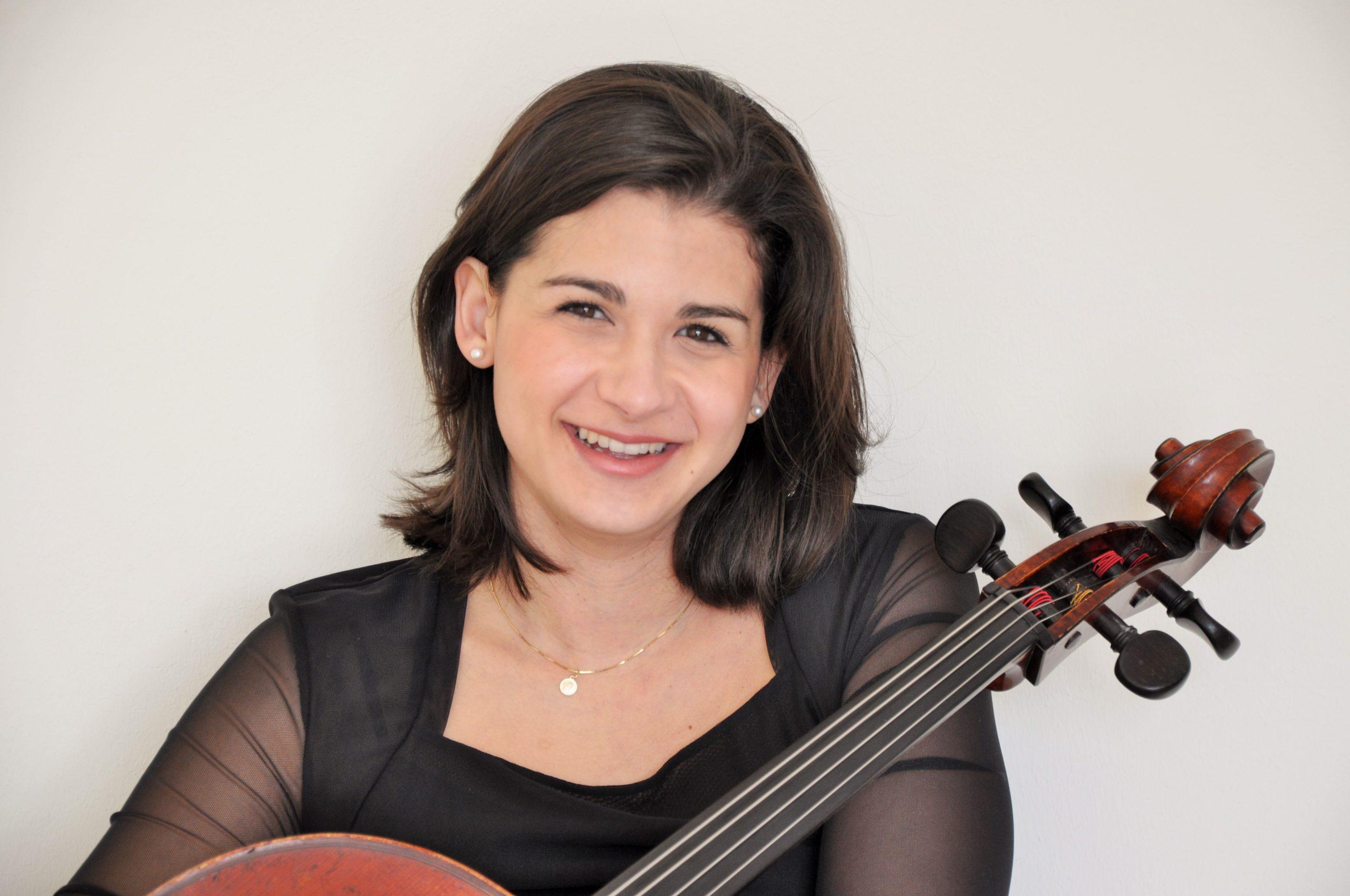 Kamelia Bayrov